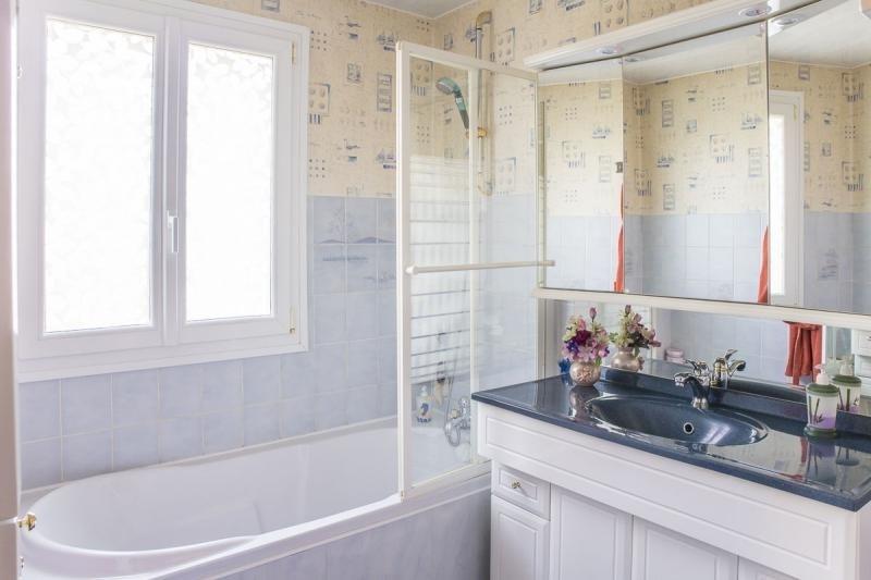 Sale house / villa Gambais 365000€ - Picture 8