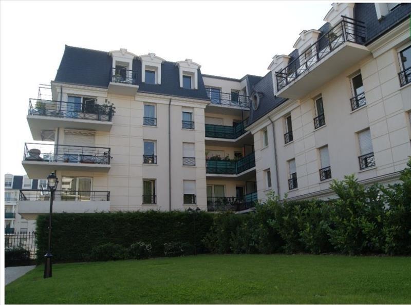 Sale apartment Sartrouville 247000€ - Picture 1