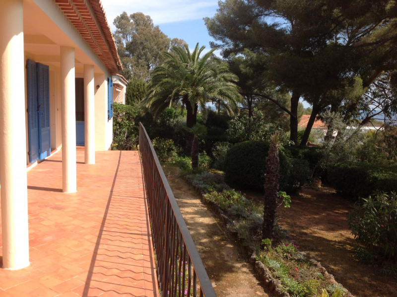 Vacation rental house / villa Les issambres 875€ - Picture 4