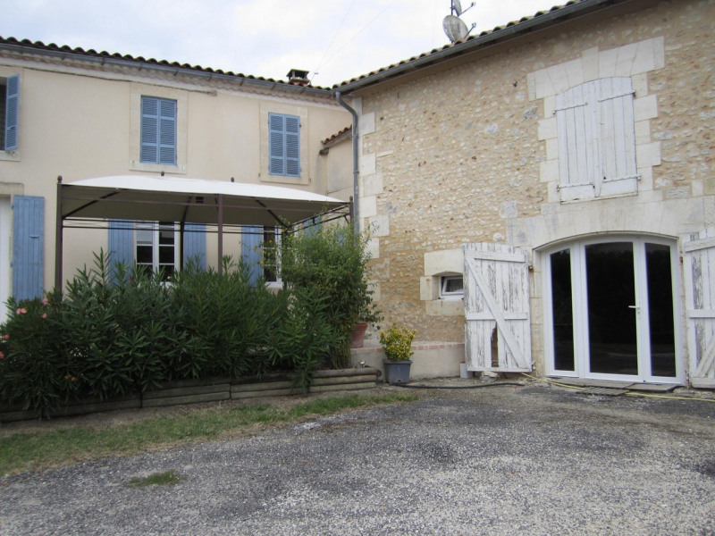 Vente maison / villa Barbezieux-saint-hilaire 280 000€ - Photo 2