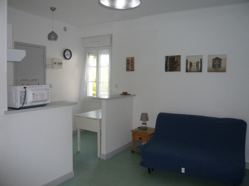 Studio meublé de 19.90 m² au 1er étage