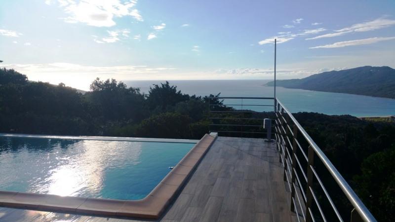Sale house / villa Porto pollo 895000€ - Picture 1