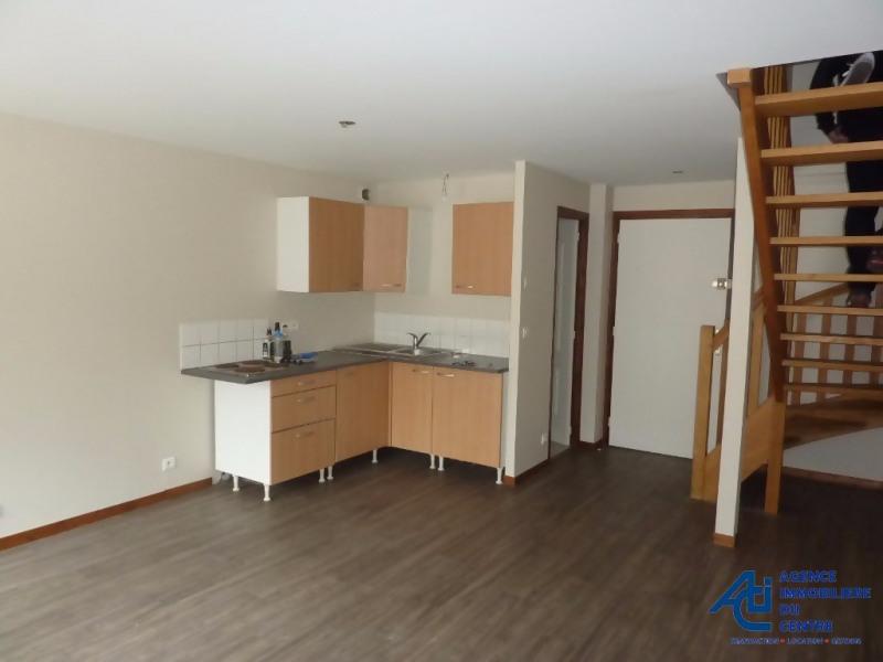 Rental apartment Pontivy 401€ CC - Picture 2