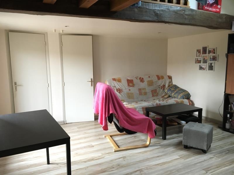 Rental apartment Aze 410€ CC - Picture 3