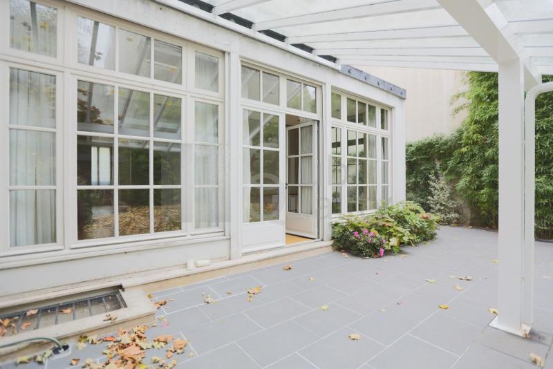 Magnifique maison familiale ouvrant sur un jardin paysager
