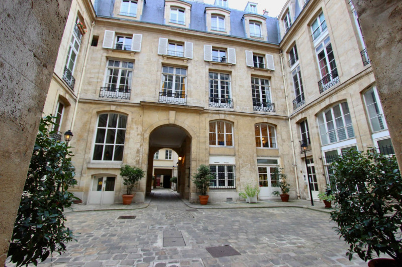 Vente appartement Paris 1er 799 000€ - Photo 2