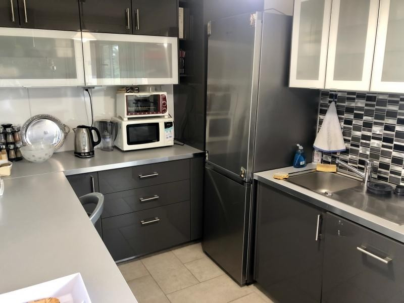 Vente appartement Ecully 330000€ - Photo 2