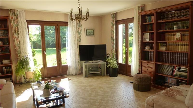 Sale house / villa Tigy 252000€ - Picture 3