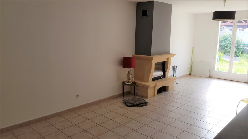 Location maison / villa Longpont sur orge 1 100€ CC - Photo 3