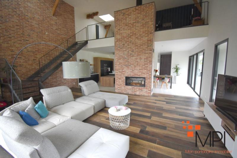 Sale house / villa Le rheu 532950€ - Picture 1