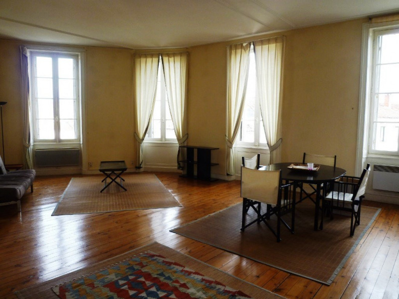 Rental apartment Cognac 565€ CC - Picture 2