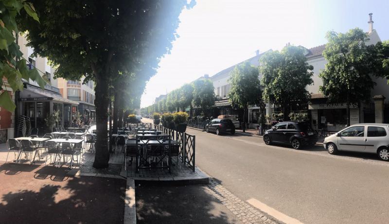 Commercial property sale shop Croissy-sur-seine 150000€ - Picture 1