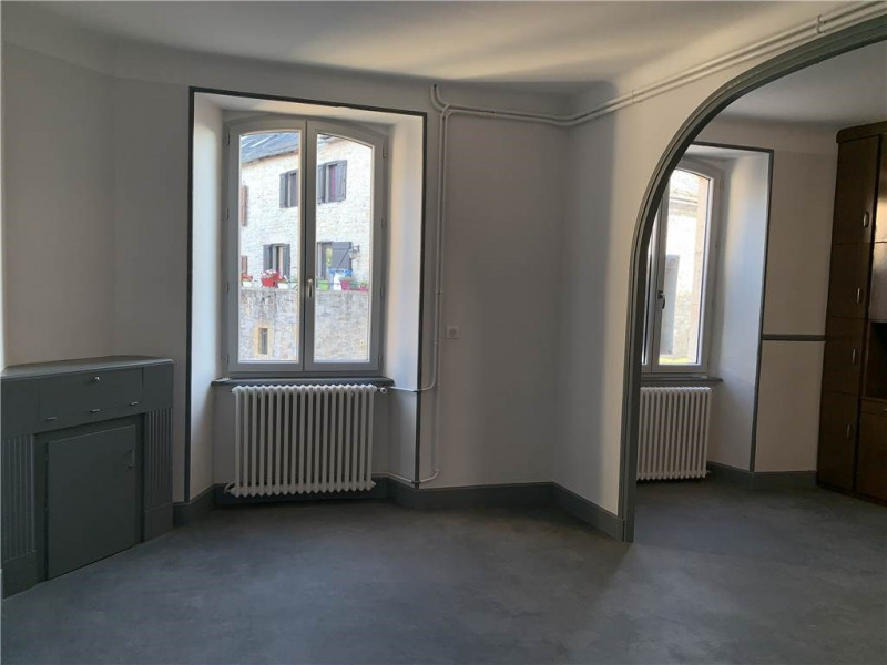 Location maison / villa Severac-l'eglise 595€ CC - Photo 3