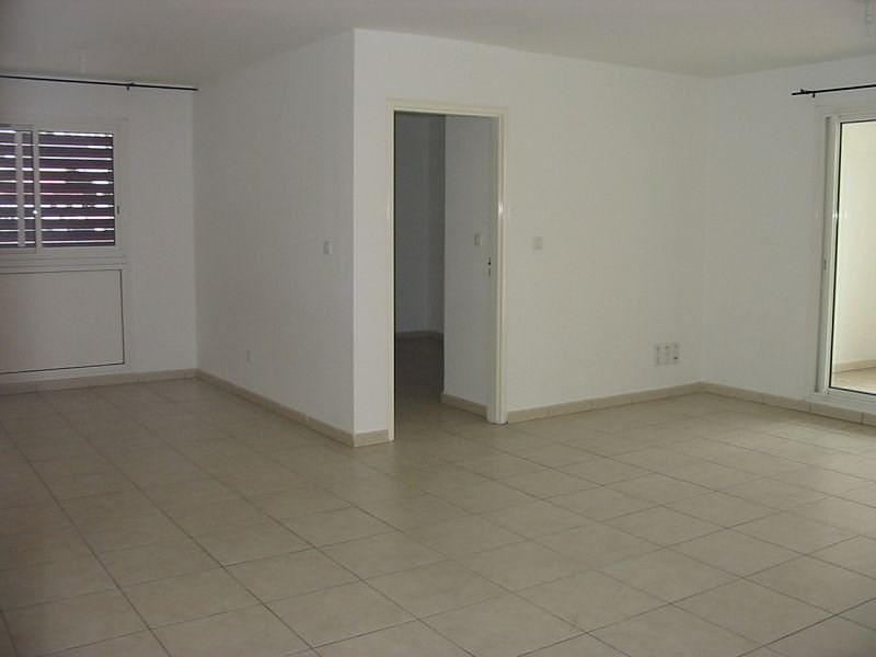 Location appartement Ste clotilde 908€ CC - Photo 4