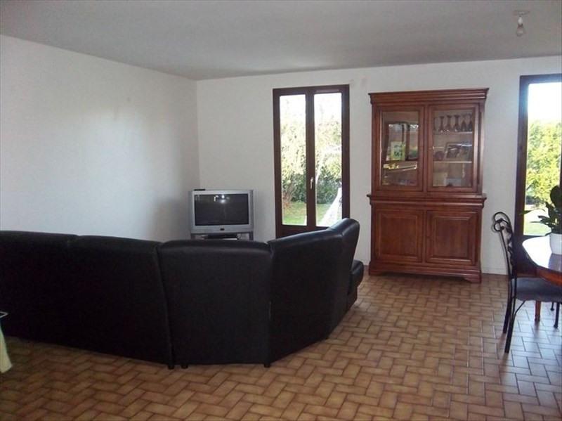 Location maison / villa Auneau 750€ CC - Photo 3