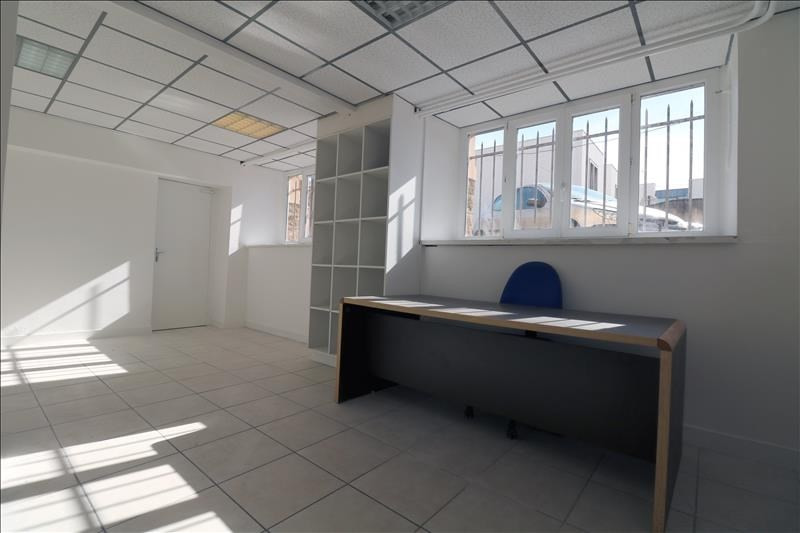 Rental office Versailles 1 240€ HT/HC - Picture 1