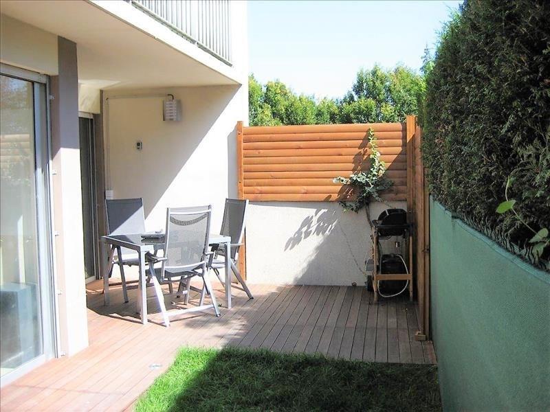 Rental apartment Rueil malmaison 1850€ CC - Picture 2