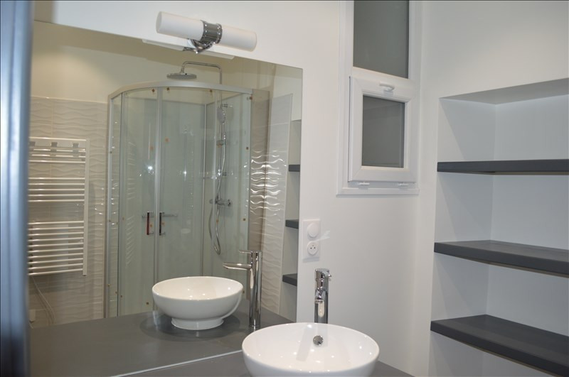 Rental apartment Yenne 670€ CC - Picture 4