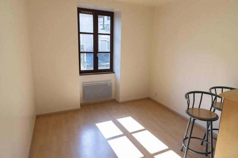Location appartement Nantua 496€ CC - Photo 2