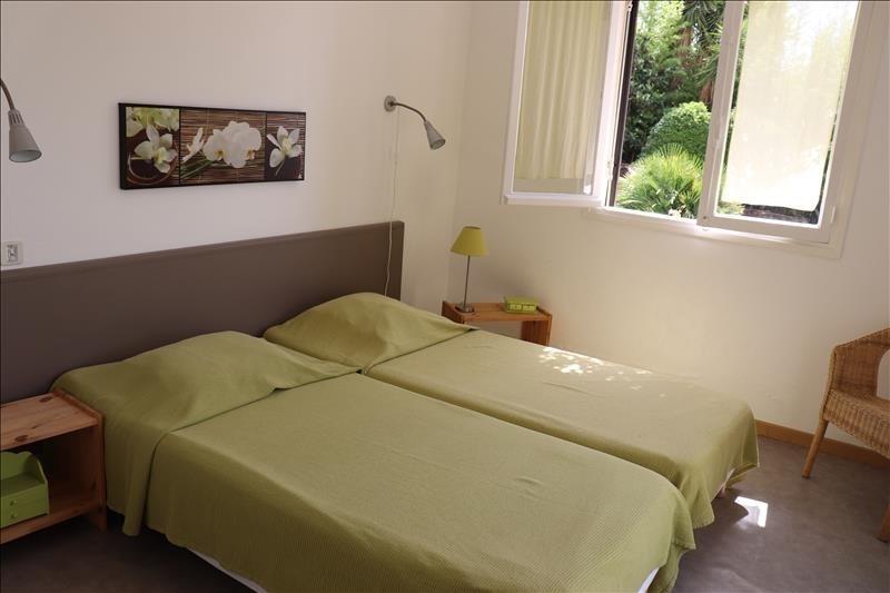 Deluxe sale house / villa Cavalaire sur mer 725000€ - Picture 5
