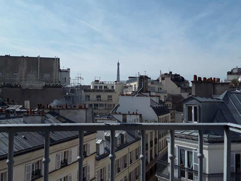 Rental apartment Paris 8ème 3200€ CC - Picture 1