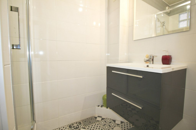 Sale apartment Lorient 123540€ - Picture 3