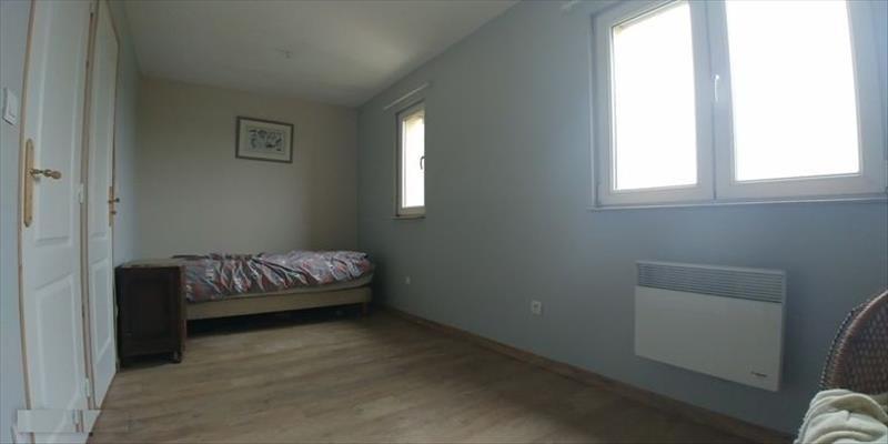 Sale house / villa Courcelles le comte 161900€ - Picture 6