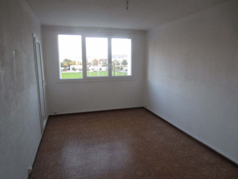 Location appartement La seyne-sur-mer 553€ CC - Photo 5