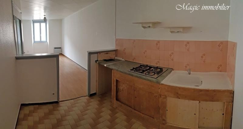 Rental apartment Nantua 321€ CC - Picture 3