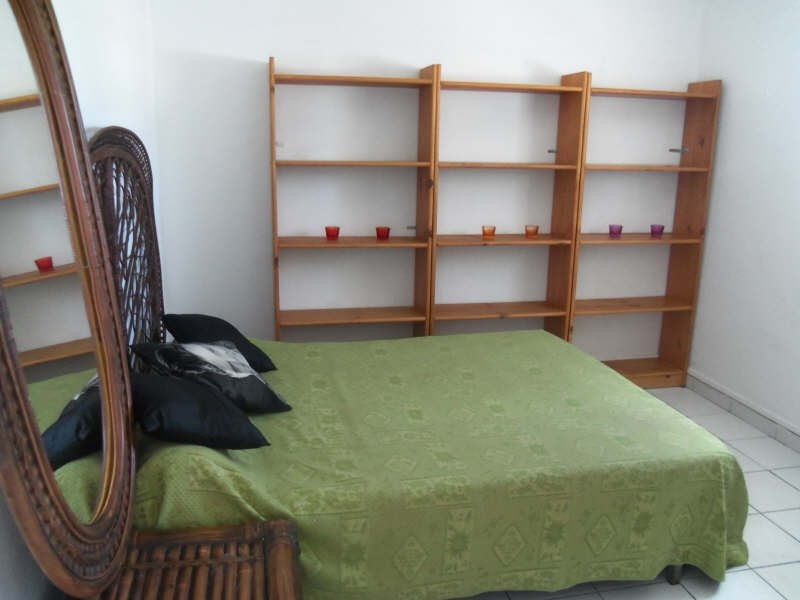 Rental apartment St francois 800€ CC - Picture 7