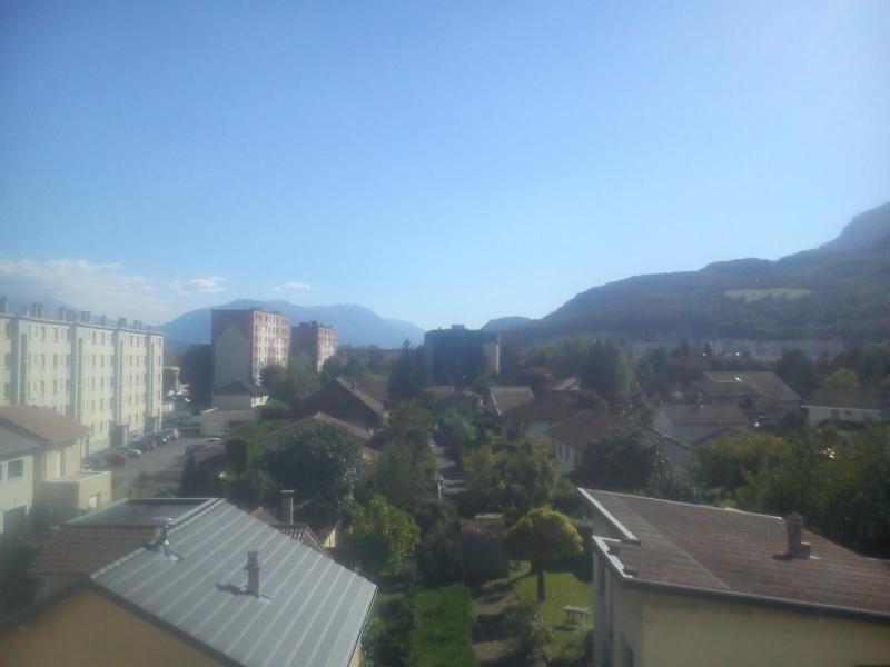 Location appartement Fontaine 530€ CC - Photo 9