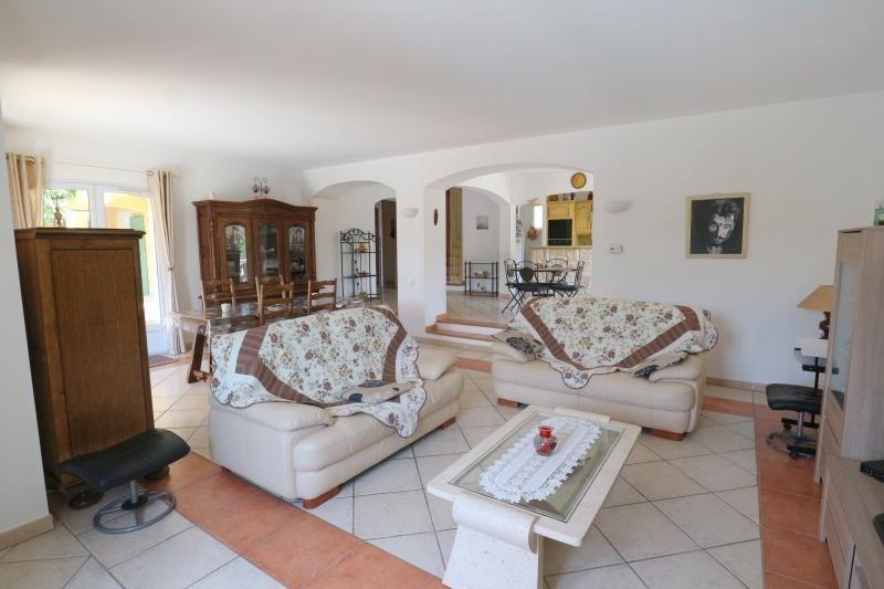 Vente maison / villa Roquebrune sur argens 549900€ - Photo 6