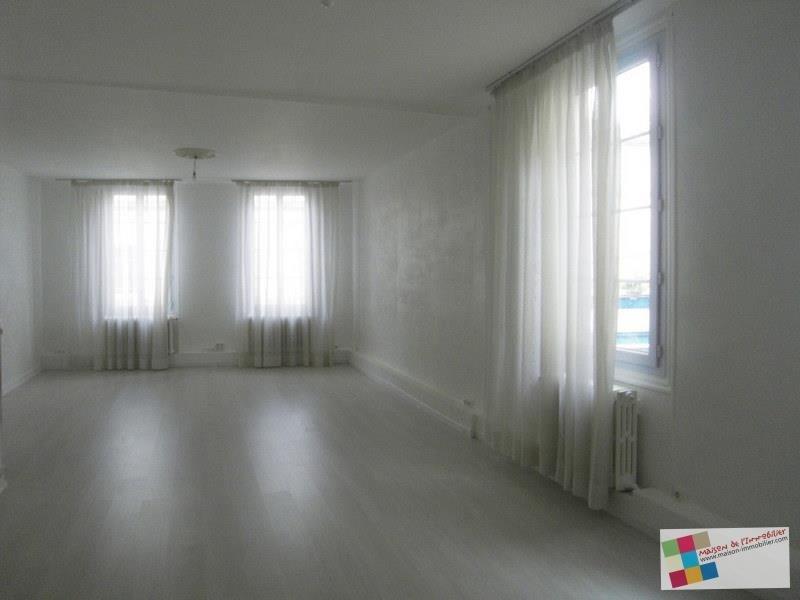 Rental apartment Cognac 870€ CC - Picture 1