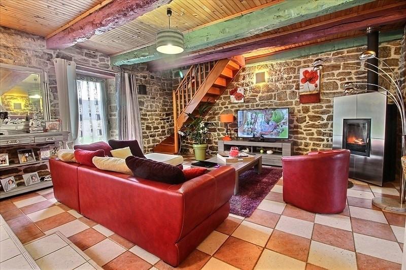 Sale house / villa Plouay 205450€ - Picture 1