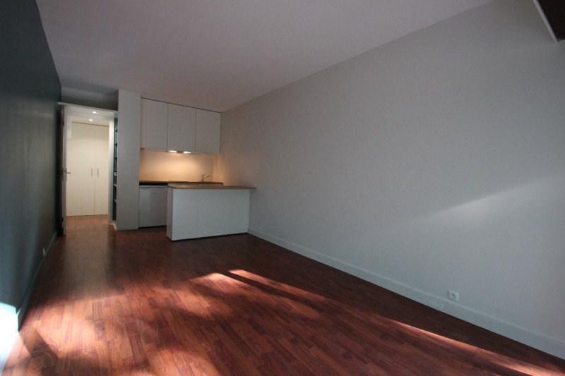 Rental apartment Rocquencourt 659€ CC - Picture 2