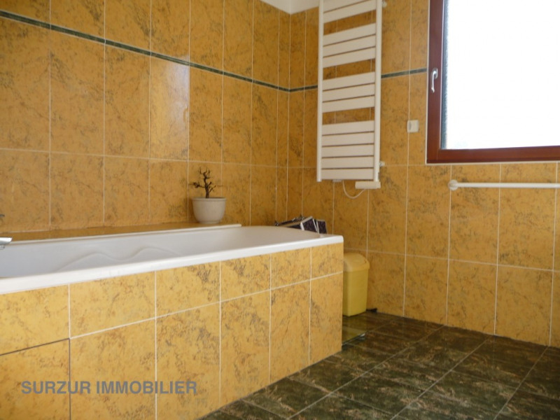 Sale house / villa Theix 388 500€ - Picture 8