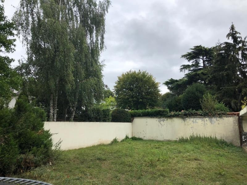 Sale site St germain en laye 715 000€ - Picture 1