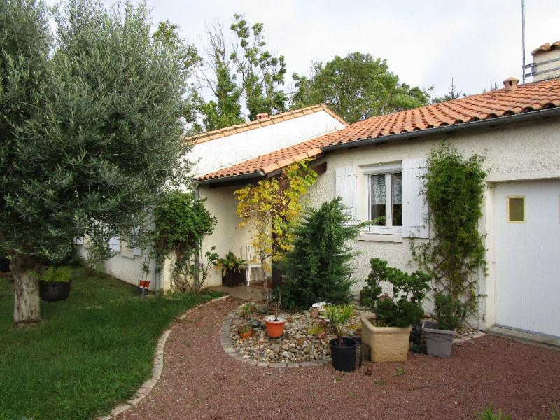 Rental house / villa Chauray 740€ CC - Picture 1