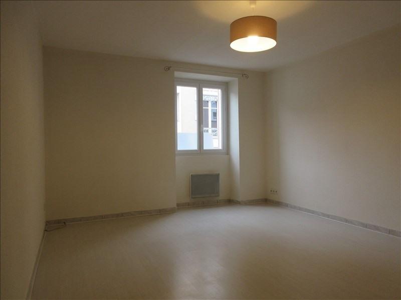 Verhuren  appartement Voiron 617€ CC - Foto 2