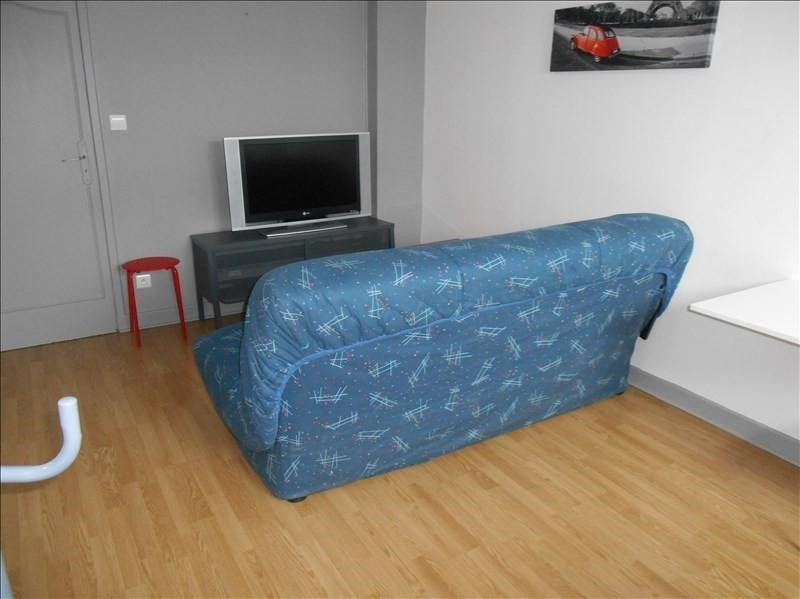 Location appartement Troyes 370€ CC - Photo 2