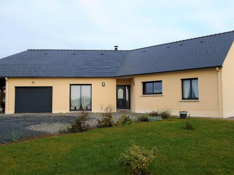 Rental house / villa Craon 760€ CC - Picture 1