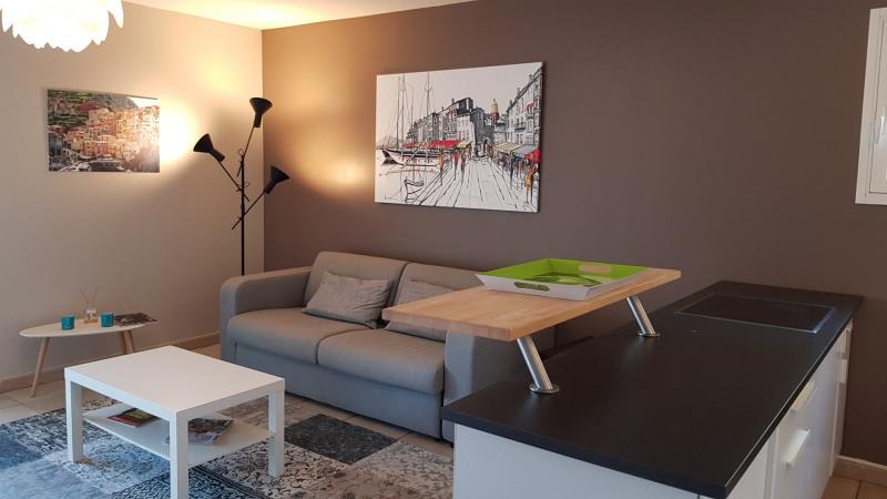 Location vacances appartement Cavalaire sur mer 650€ - Photo 8