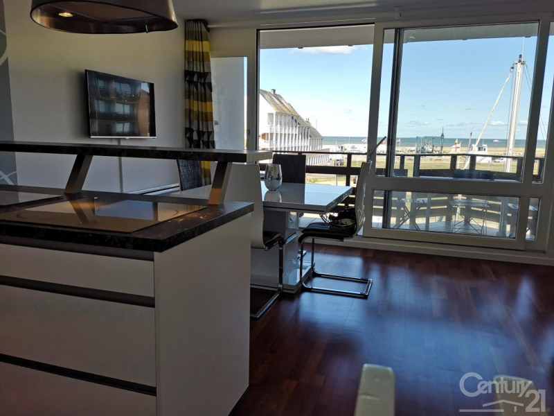 Sale apartment Deauville 275000€ - Picture 8