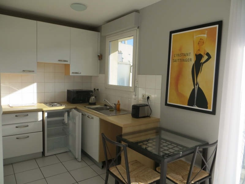 Rental apartment Paris 12ème 890€ CC - Picture 3