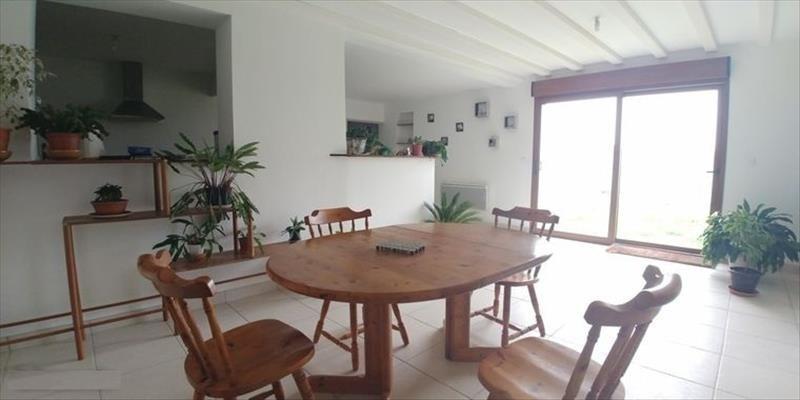 Sale house / villa Courcelles le comte 161900€ - Picture 2