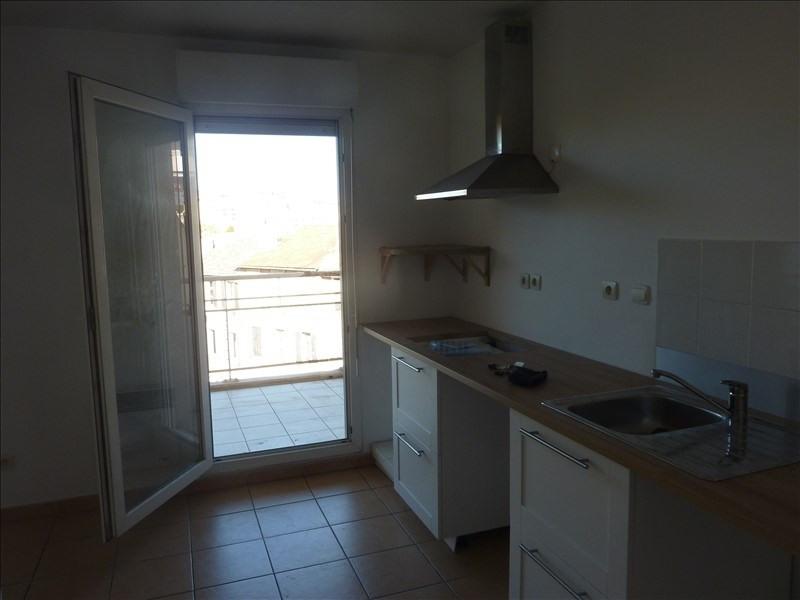 Location appartement Marseille 8ème 808€ CC - Photo 2