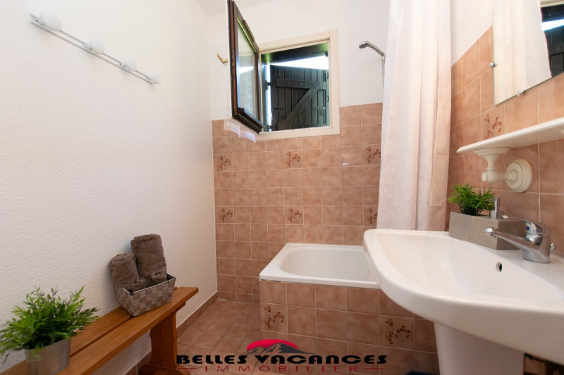 Sale apartment Bourisp 84 800€ - Picture 8