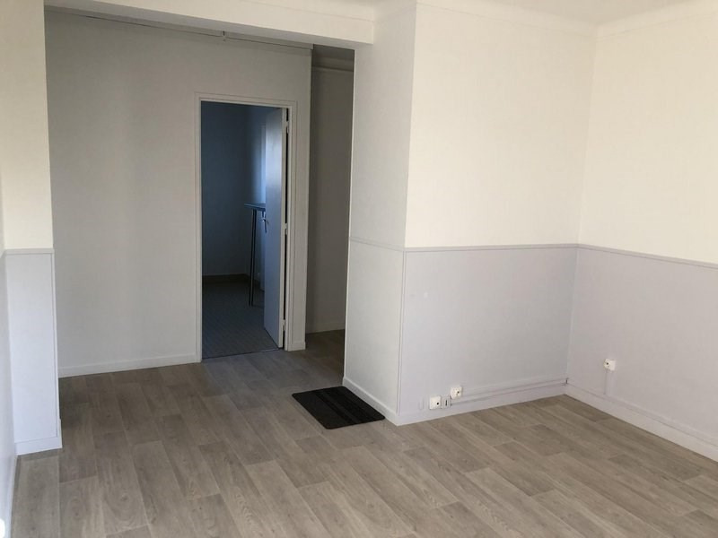 Location appartement Châlons-en-champagne 595€ CC - Photo 2