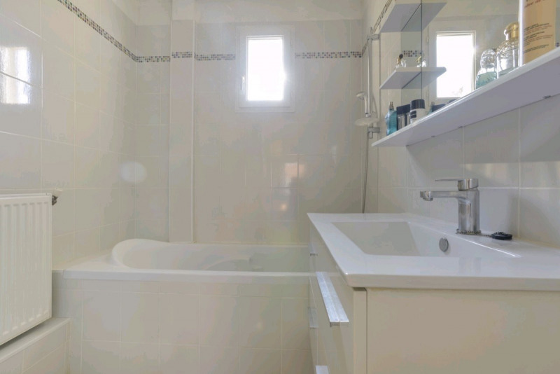 Vente maison / villa Chambly 323300€ - Photo 8