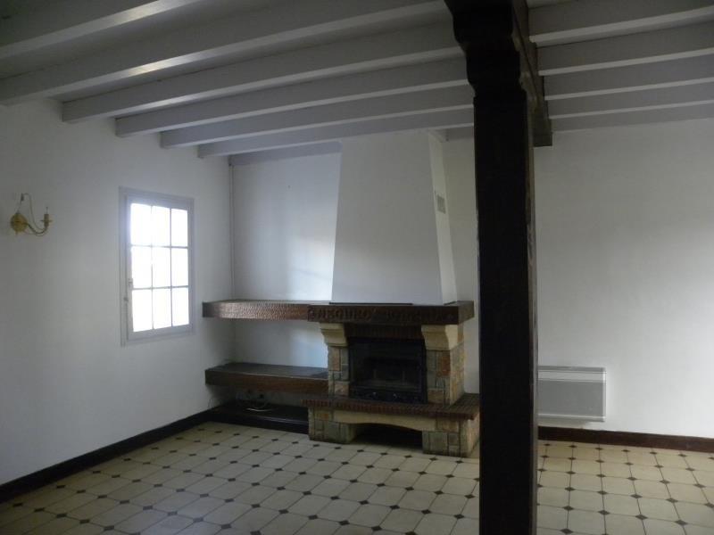 Rental apartment St jean le vieux 485€ CC - Picture 5